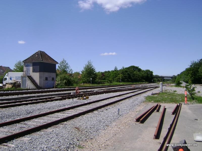 vejen station åbningstider